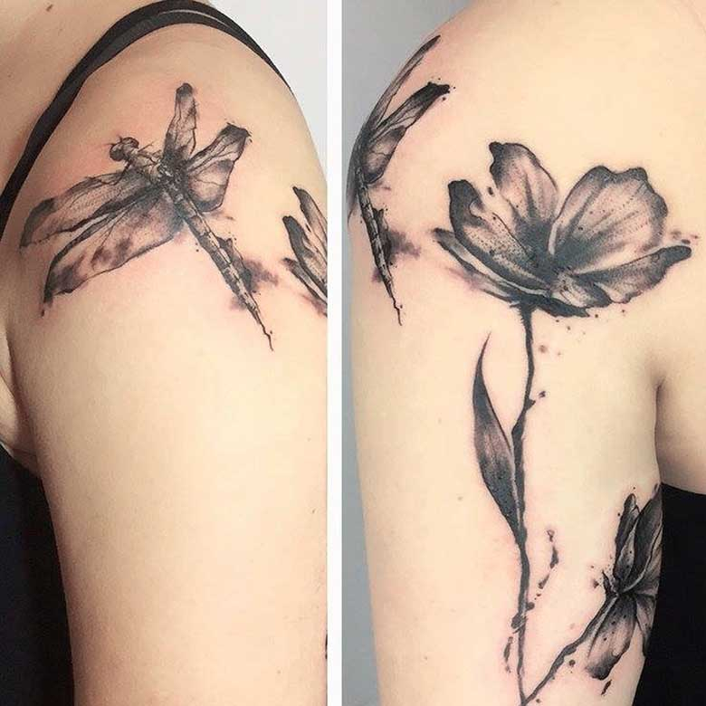 Linework Mohnblumen Tattoo vom surface Tattoo studio münchen
