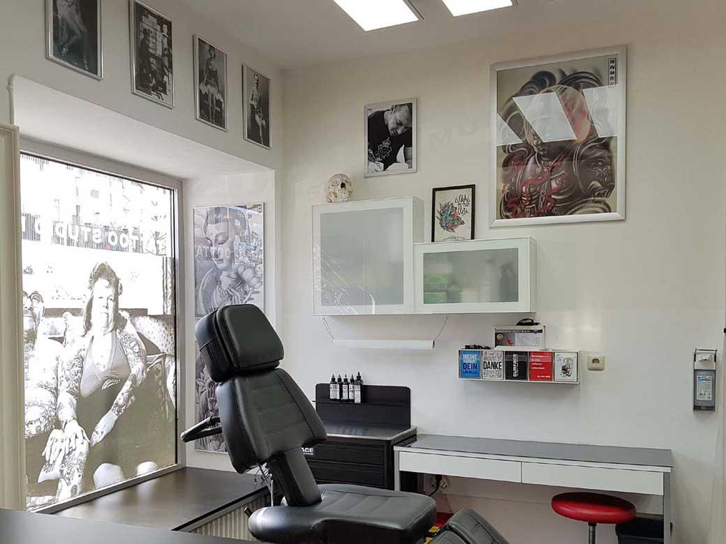 linker Tätowierplatz Tattoo Studio München