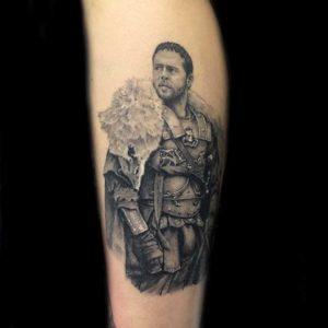 Realistic Russel Crowe Tattoo vom surface Tattoo studio münchen